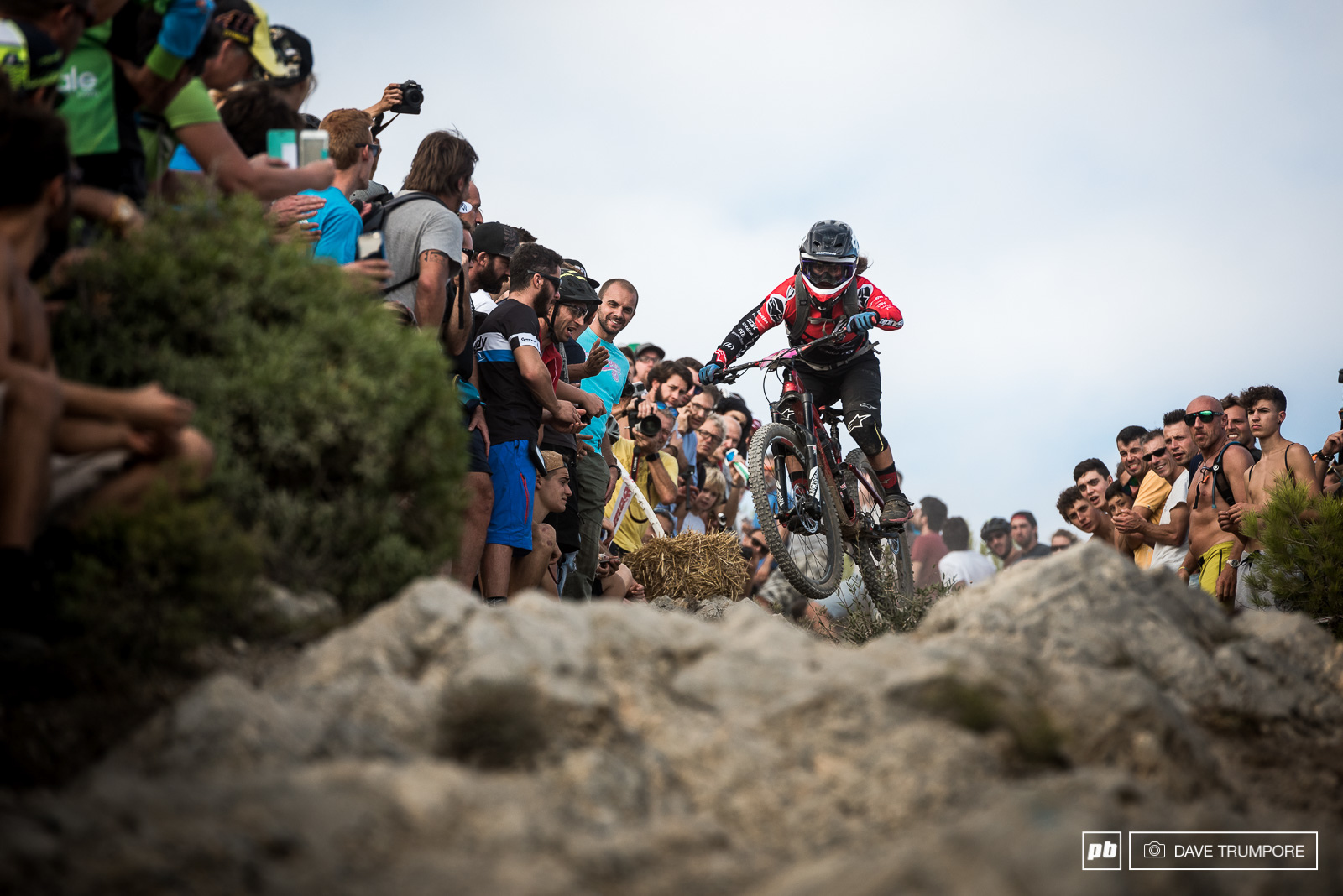 Isabeau Courdurier attacked the rocks on the final stage and would finish 2nd on the weekend.