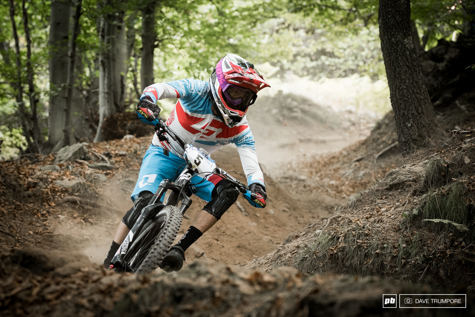 After a strong showing on Saturday Nico would crash twice to start the second day and eventually was forced to retire from the race. Rumor has it this may have also been one of his final EWS races as well.