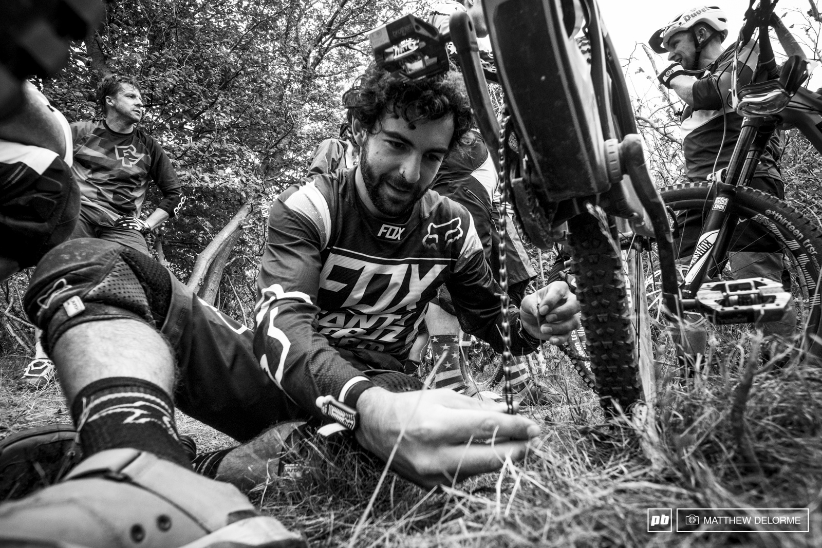 Iago deals with a broken chain before heading out to stage five.
