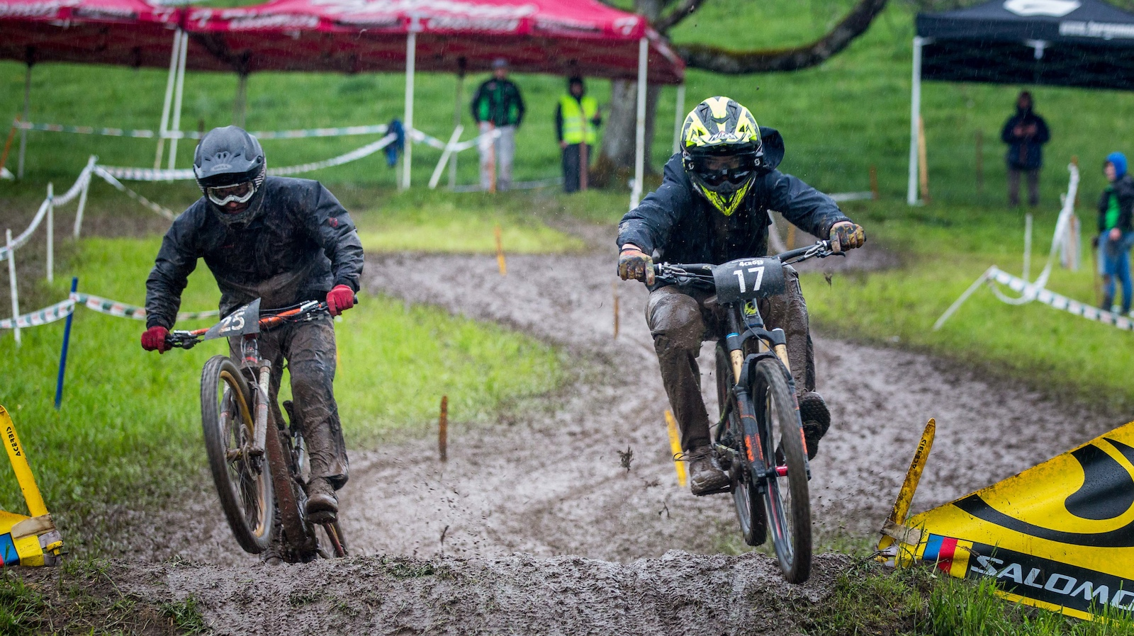 Yanick Silvester Braun VGAS.team HOT-TRAIL RC Steffisburg dominates the elite category through all heats - Photograher Peter Hirzel hipSh0ts at softenvironment.ch