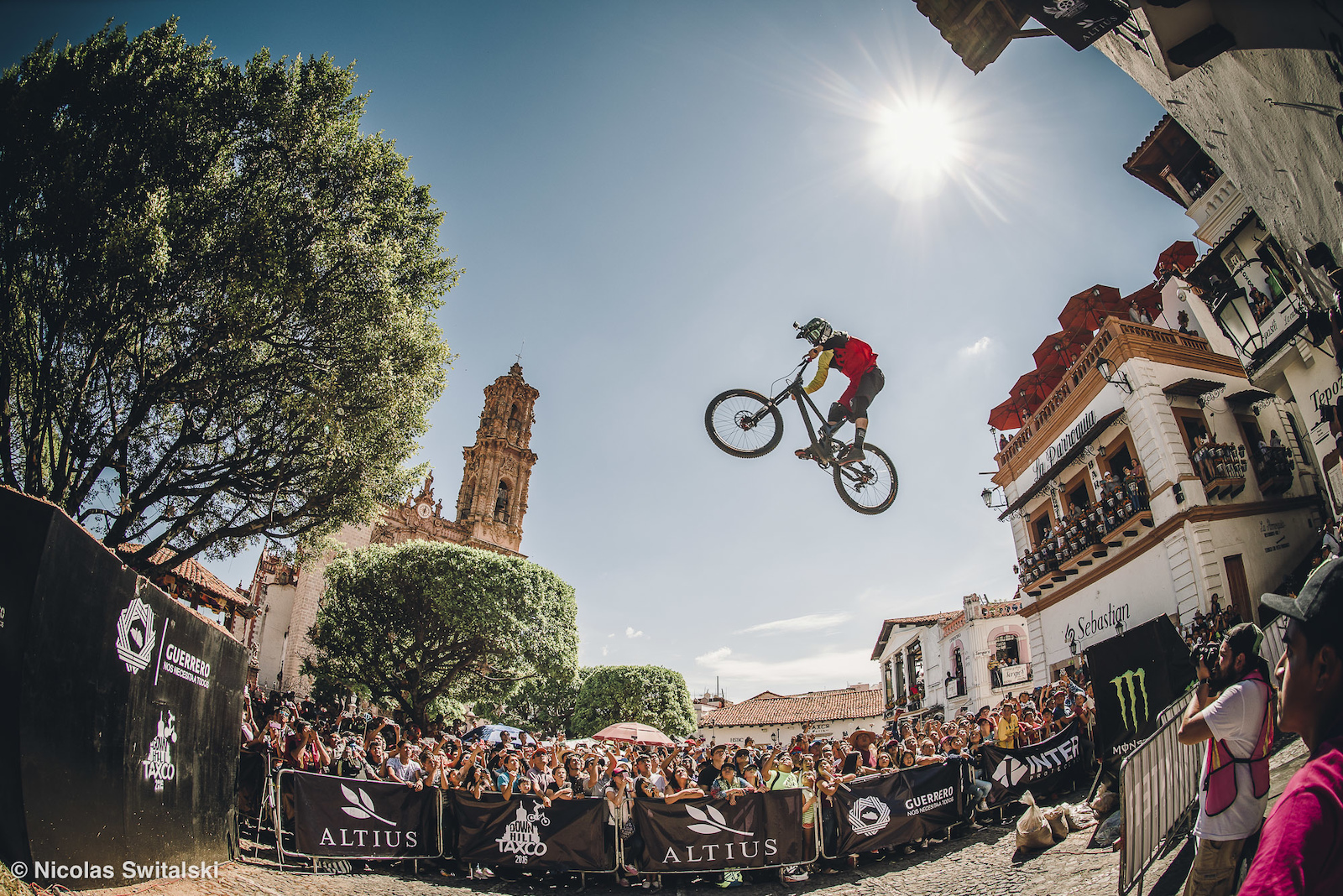 DH Taxco 2016 City Downhill World Tour Final
