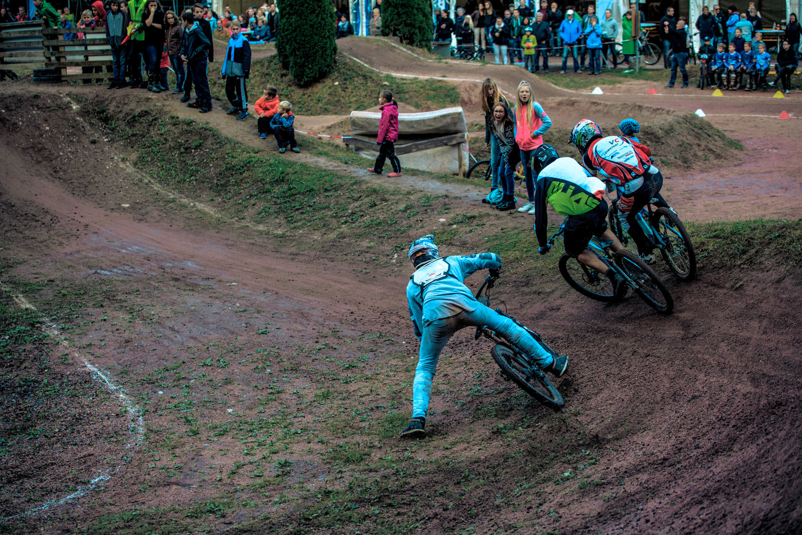 Big Action for all categories in the second turn in Wolfach - Photograher Florian G rtner - Canonite.ch