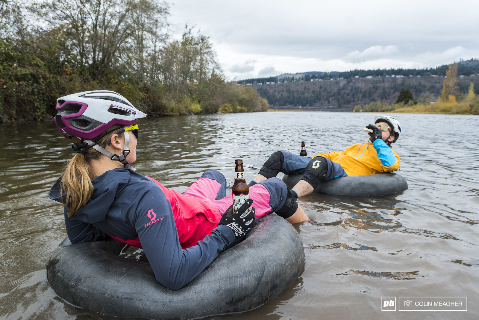 Nikki Hollatz and Justin Fernandes putting Scott s winter clothing to the test with a November float in the Hood River.
