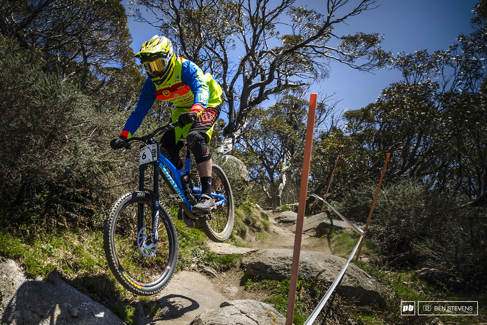 Joel Willis claimed 6th the the Elite Men s Go Pro Downhill Final