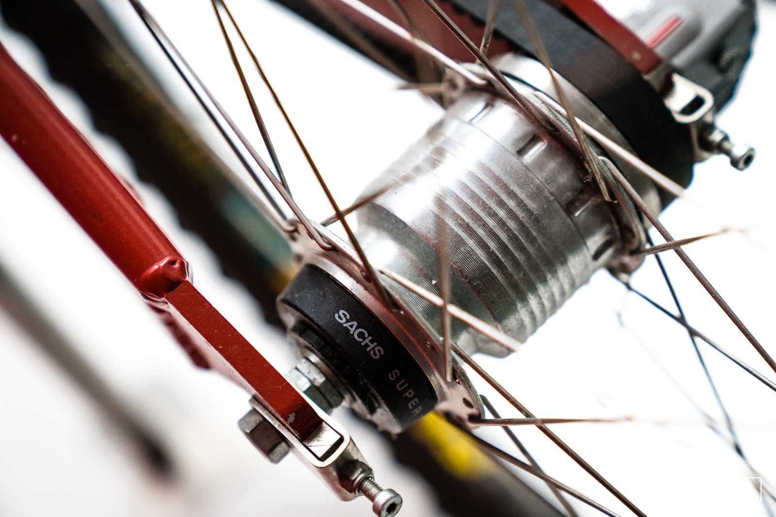 Sachs now SRAM since their merger have been making internally geared hubs for decades - but the technology has never really gained widerspread acceptance in mountain biking for one reason or another.