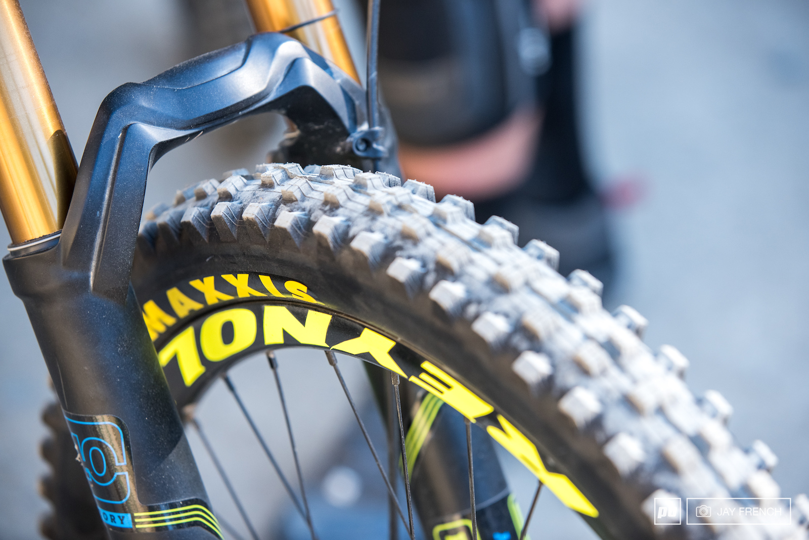 Maxxis Shorty Tyre Reynolds carbon rims.