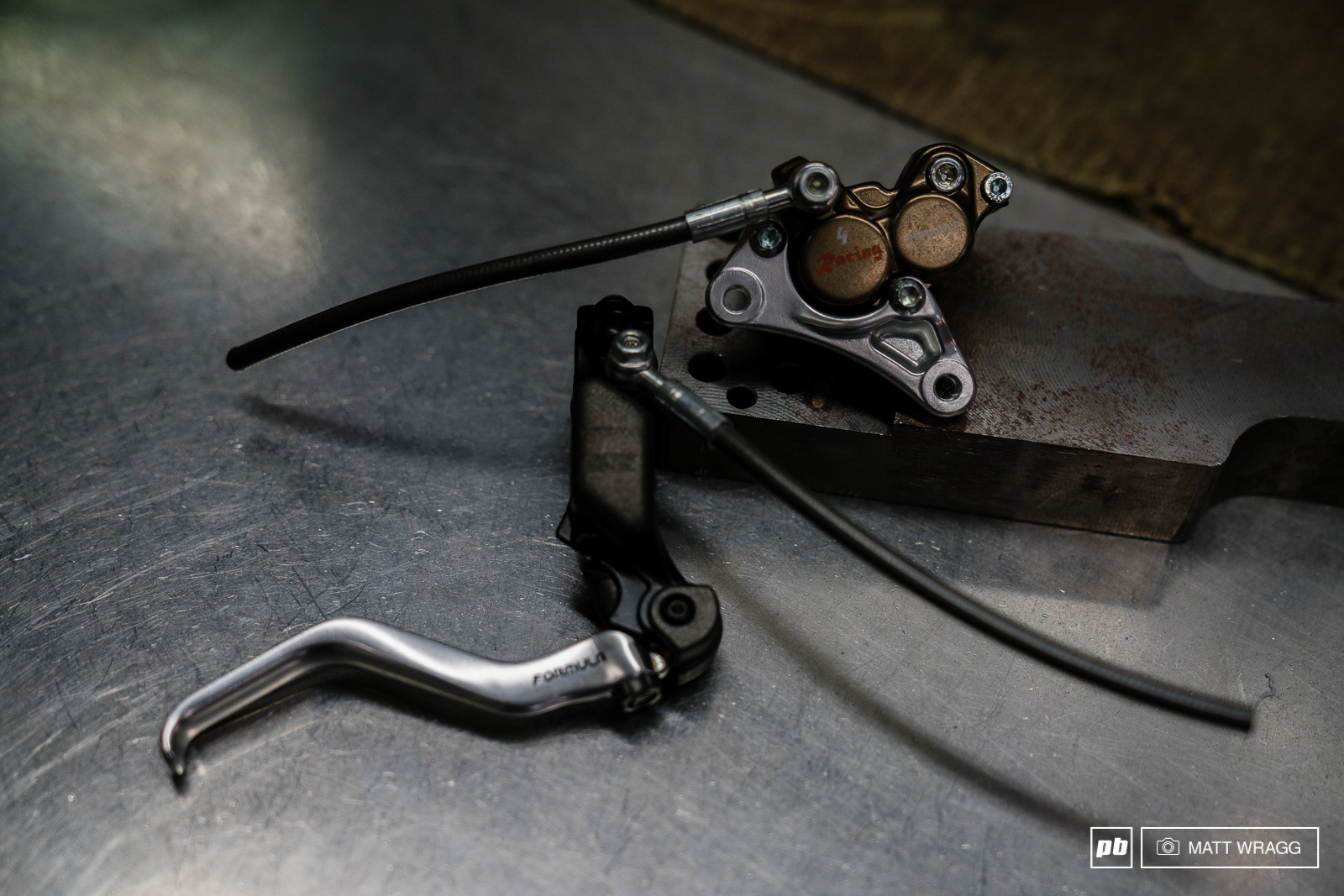 The next problem for mountain bike disc brakes - what if you need more power because you re riding DH A 4-piston brake is the commonly-accepted solution today and once more Formula were the first to prodce a 4-piston brake for a mountain bike the 4-Racing which was released in XXXX.