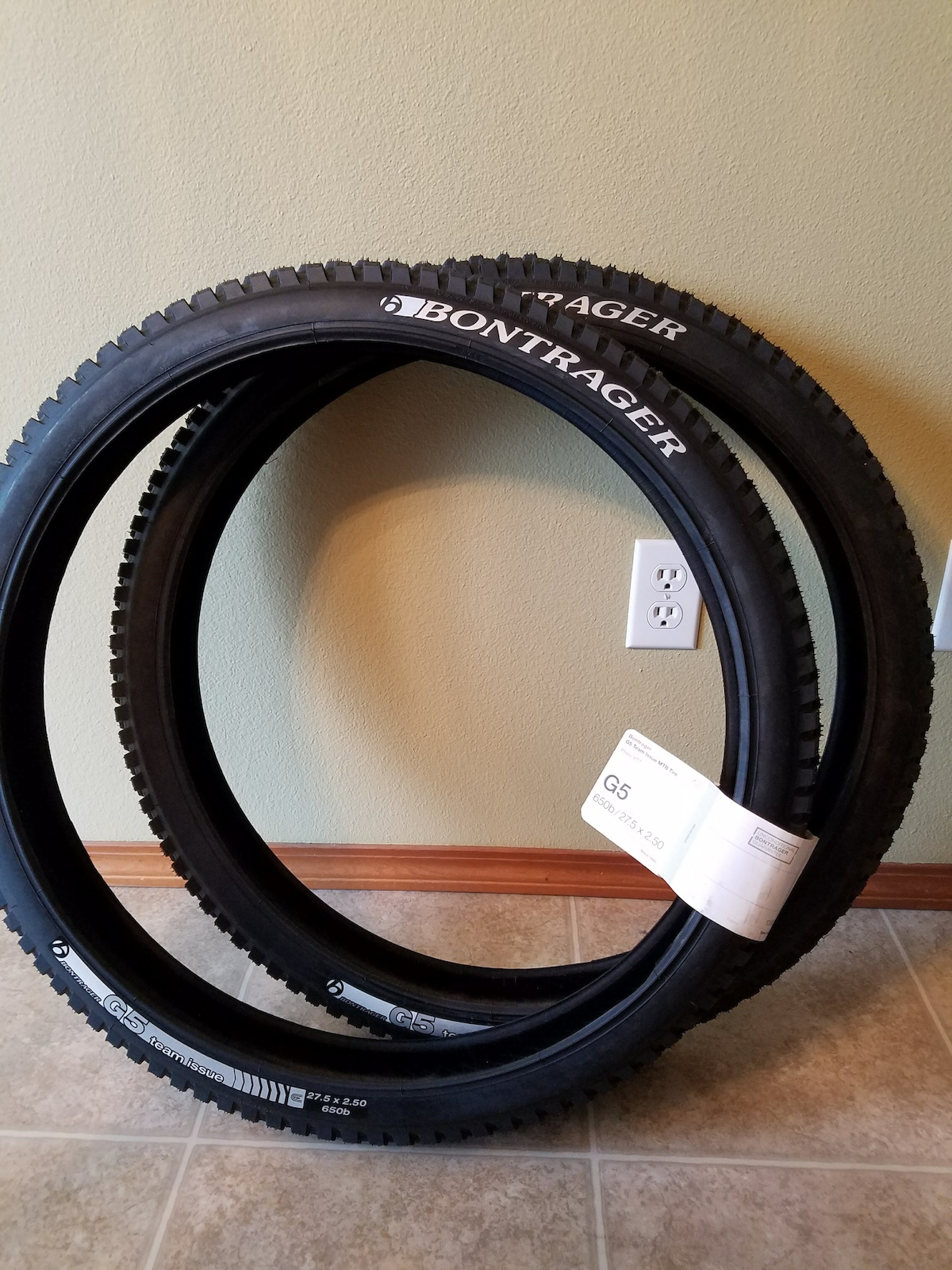 2016 Bontrager G5 team issue mtb tire
