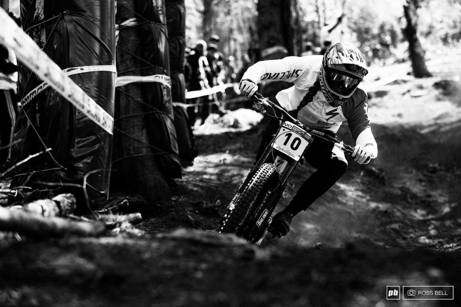 In her first WC qualifying on the Specialized Gravity Republic Miranda ended up in 8th.