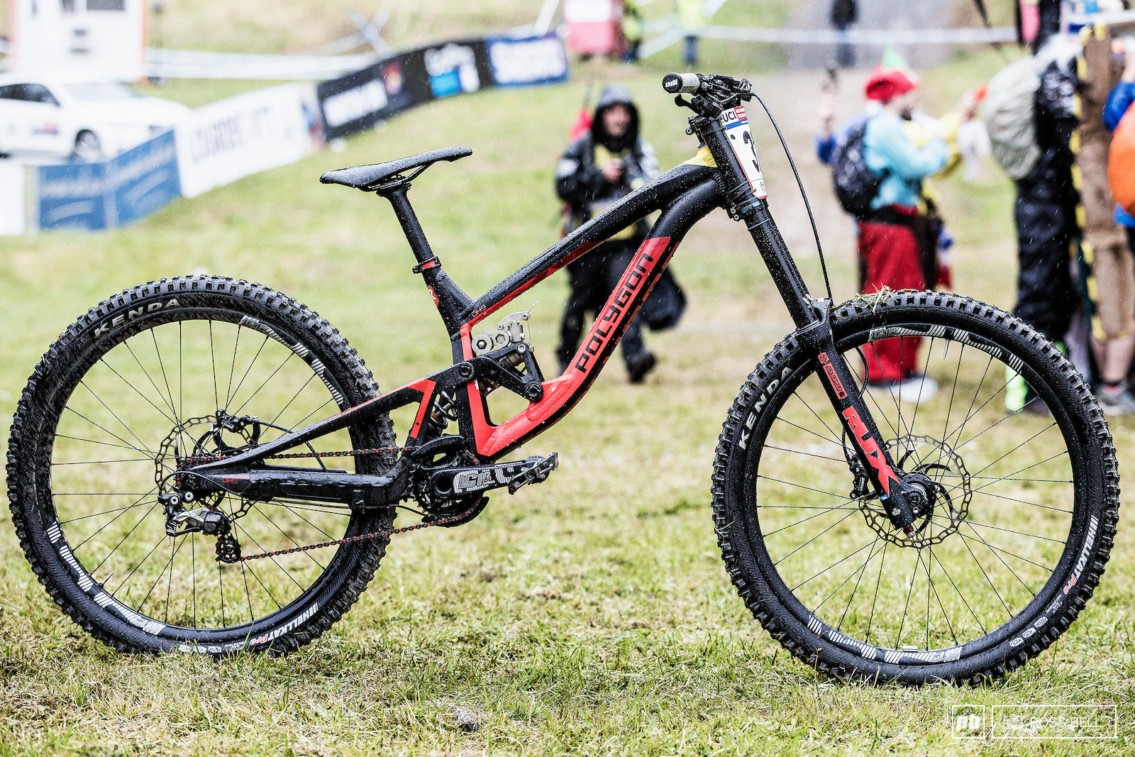 The winning bike of Alex Fayolle The Polygon Collosus.