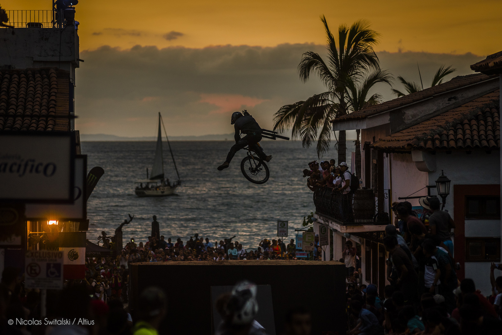 Down Puerto Vallarta Speed and Style Photo Epic