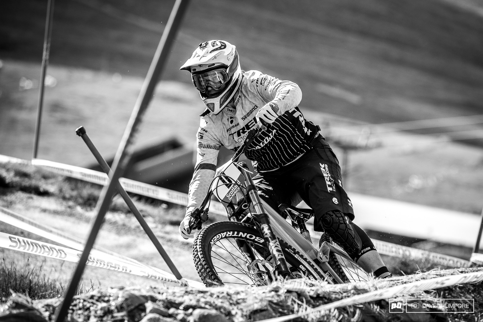 How long has it been since we ve seen Tracy Moseley on a DH bike and speeding down Aonach Mor. While not racing this weekend she is one of the forerunners and could be seen getting a few laps in amongst the other women in the morning.