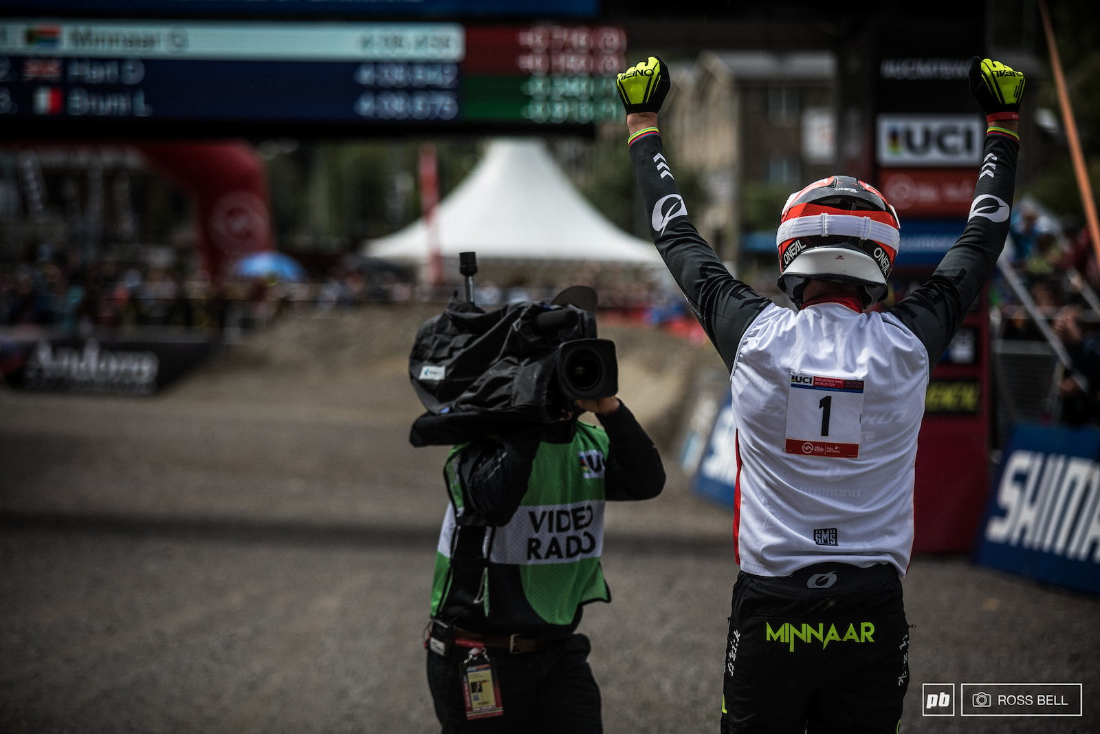 It looked like Greg Minnaar had it in the bag and judging by his reaction he thought so too.