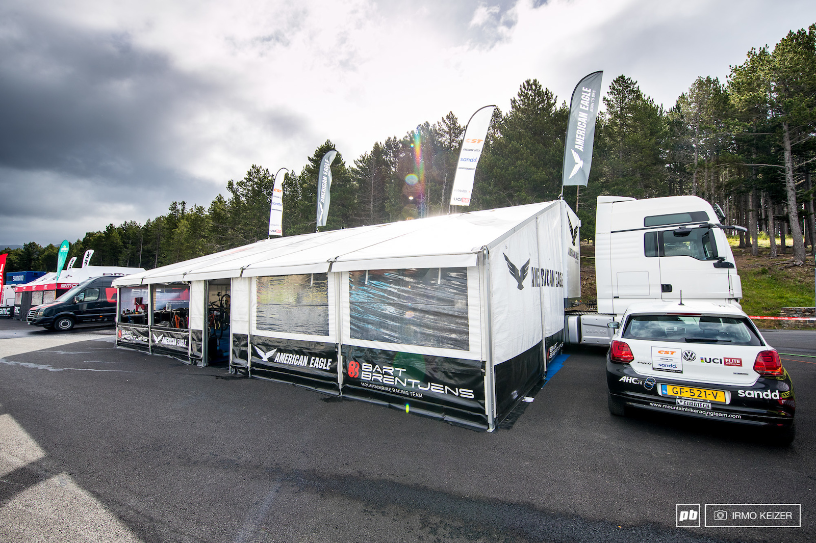 The CST-Sandd American Eagle setup is built around a big trailer. The Dutch team is run by Bart Brentjens mountainbiking s first Olympic Champion.