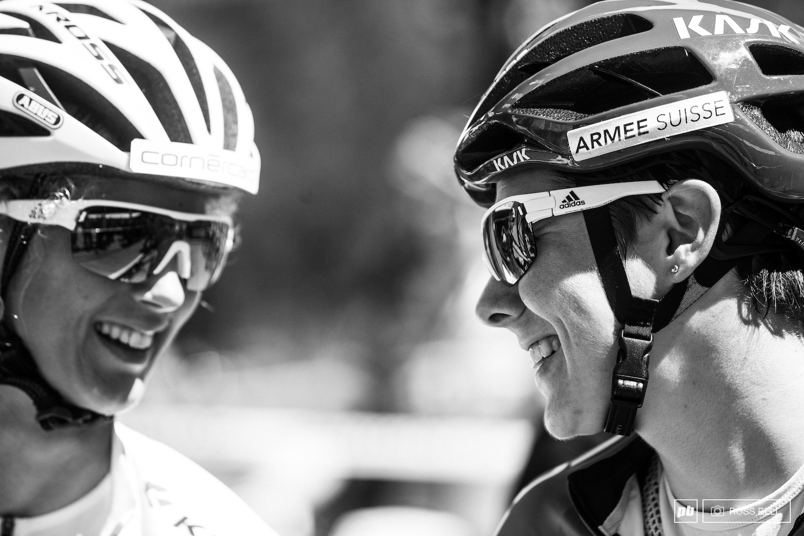 Linda Indergand and Jolanda Neff showing no nerves as they share a word on the start line.