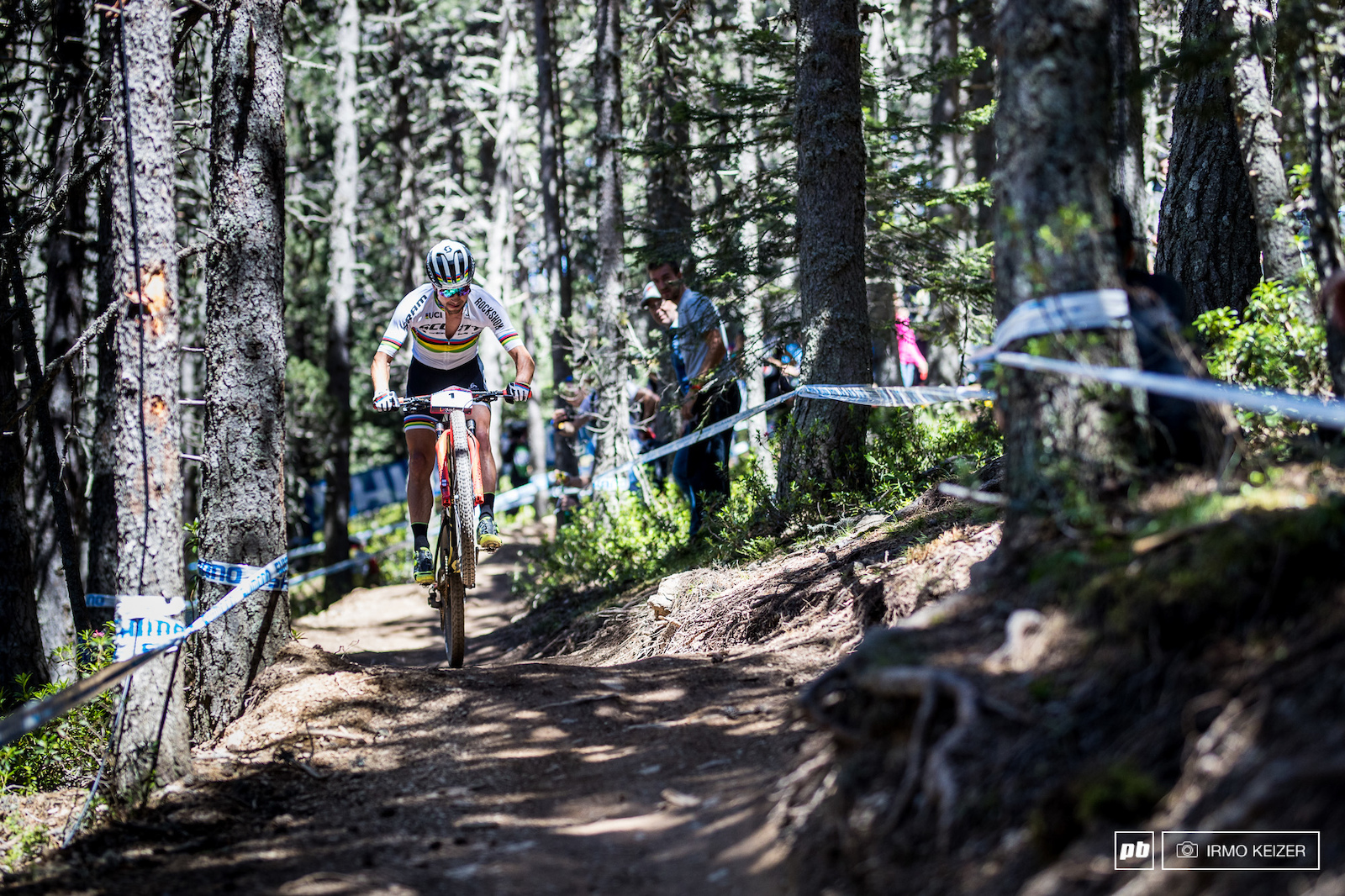 Schurter s skills are second to none in the men s field. His riding is smooth controlled and confident. Combine this with the endurance power and experience and there it is. This is a world class athlete.