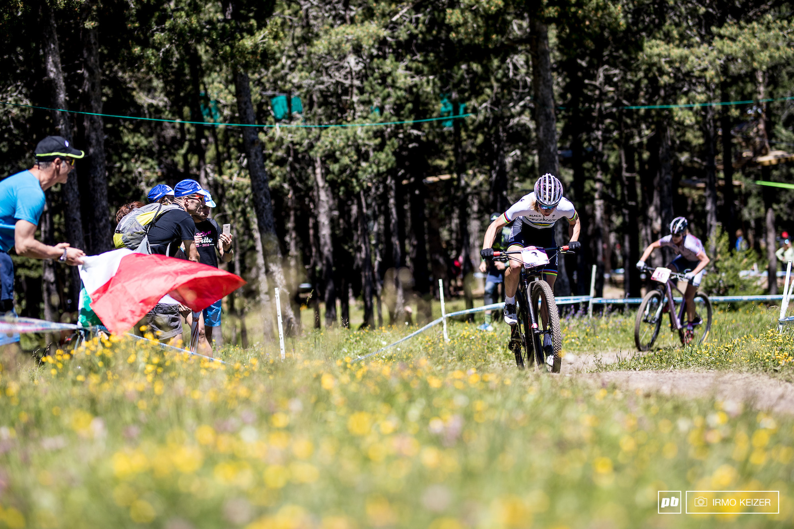 Langvad pushed hard and managed to pull away from Dahle-Fjesjaa riding to a second place.