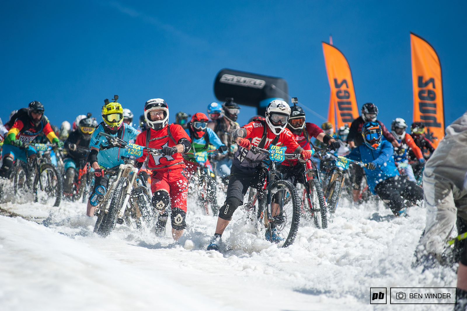 Megavalanche 2017 Saturday Racing