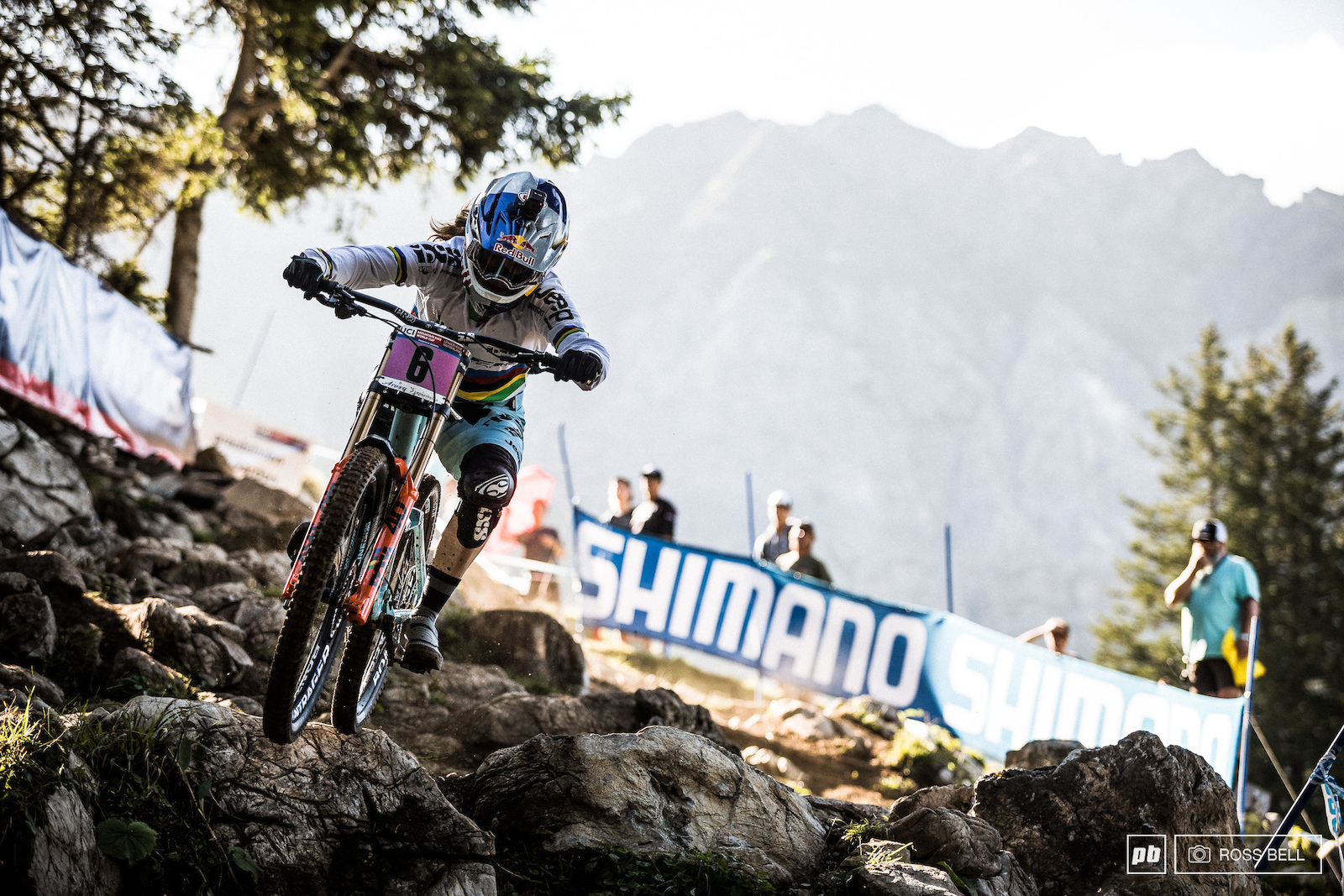 It looks like Rachel Atherton is getting back up to pace but her shoulder is still struggling towards the end of tracks today s splits would pay testament to that too.