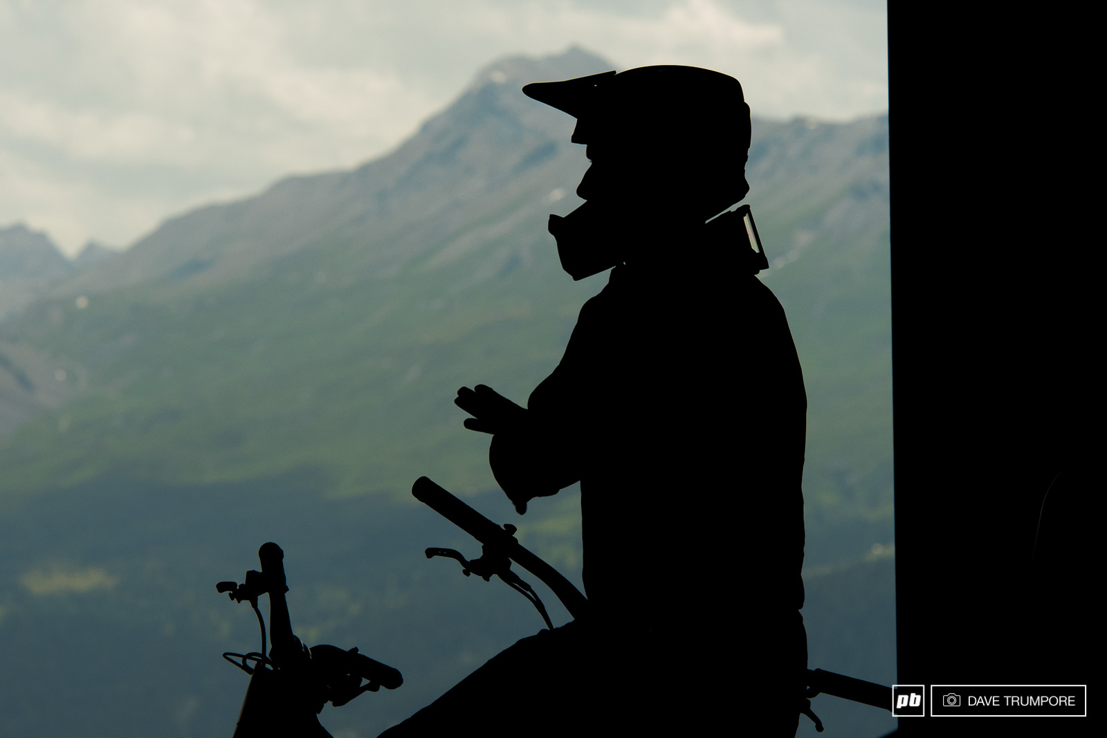 One last moment to collect your thoughts before blasting down the mountain in Lenzerheide.