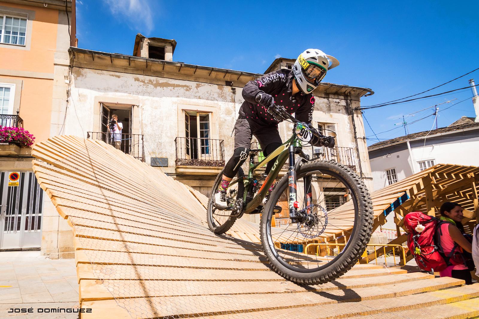 Urban Downhill Villa de Sarria