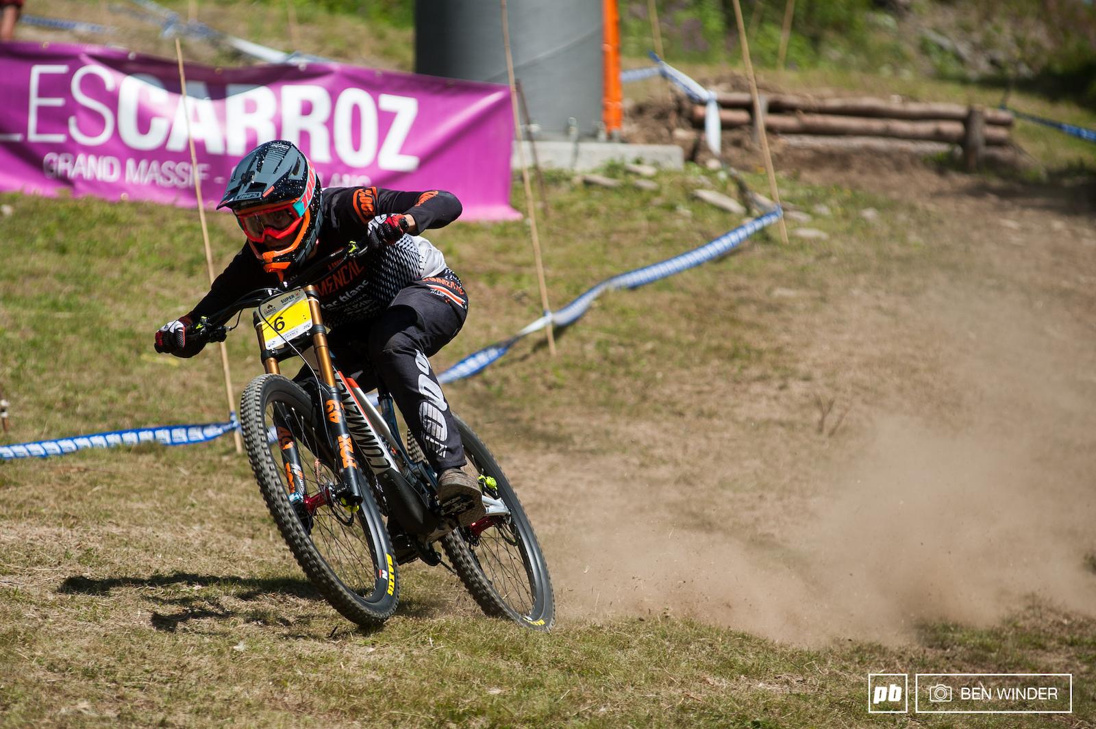 Amaury Pierron powering through the open ski piste.