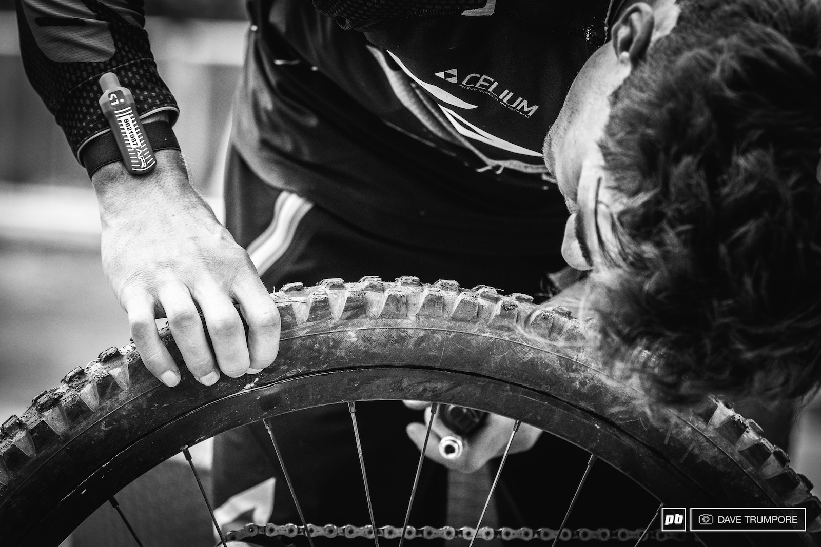 A dented rim and slow leak slowed Adrien Dailly down on stage 2 and he finished the day twenty two seconds back in 7th.