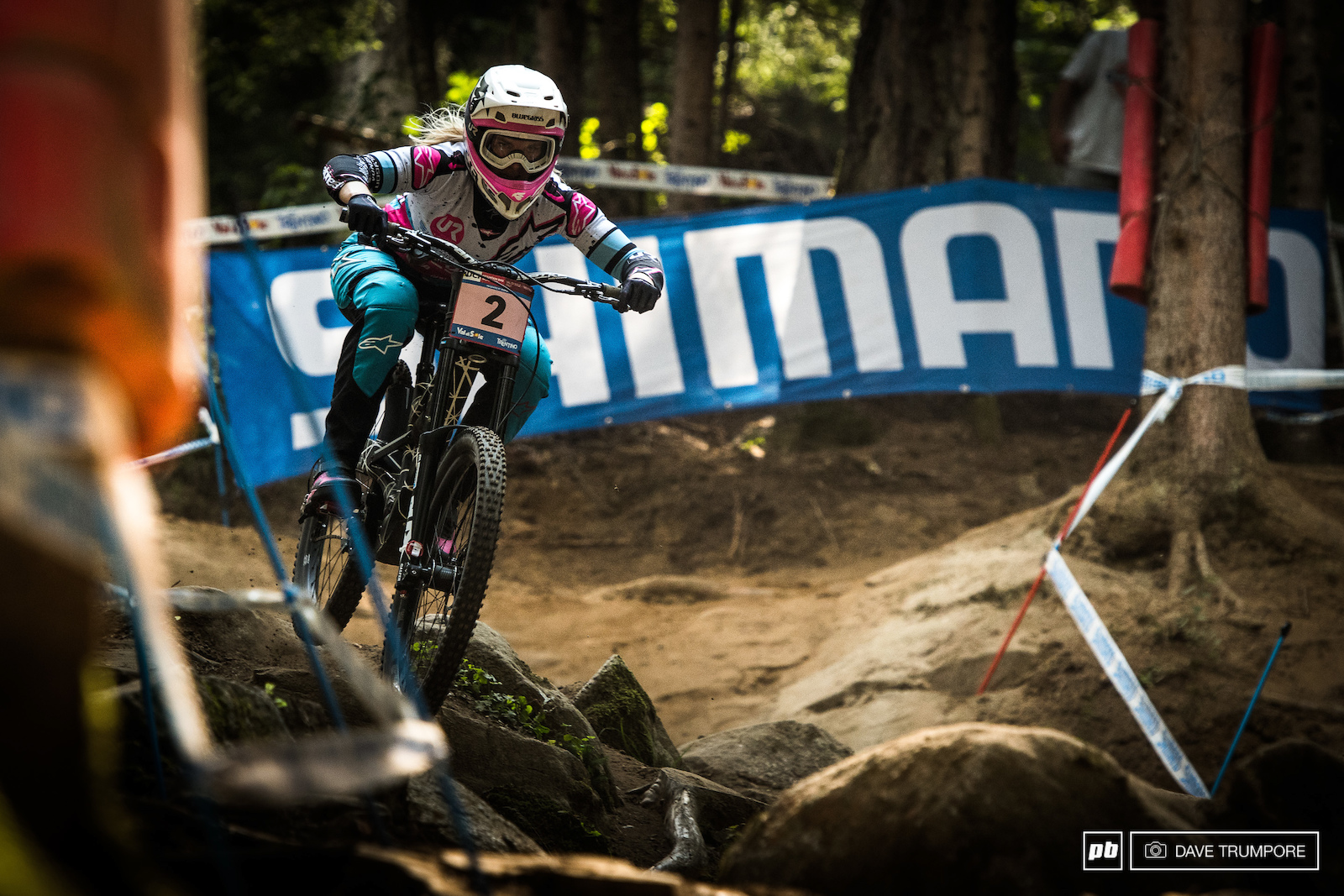 Tracey Hannah charged the course putting 2.4 seconds into Tahnee Serve and 5 seconds into Rachel Atherton.