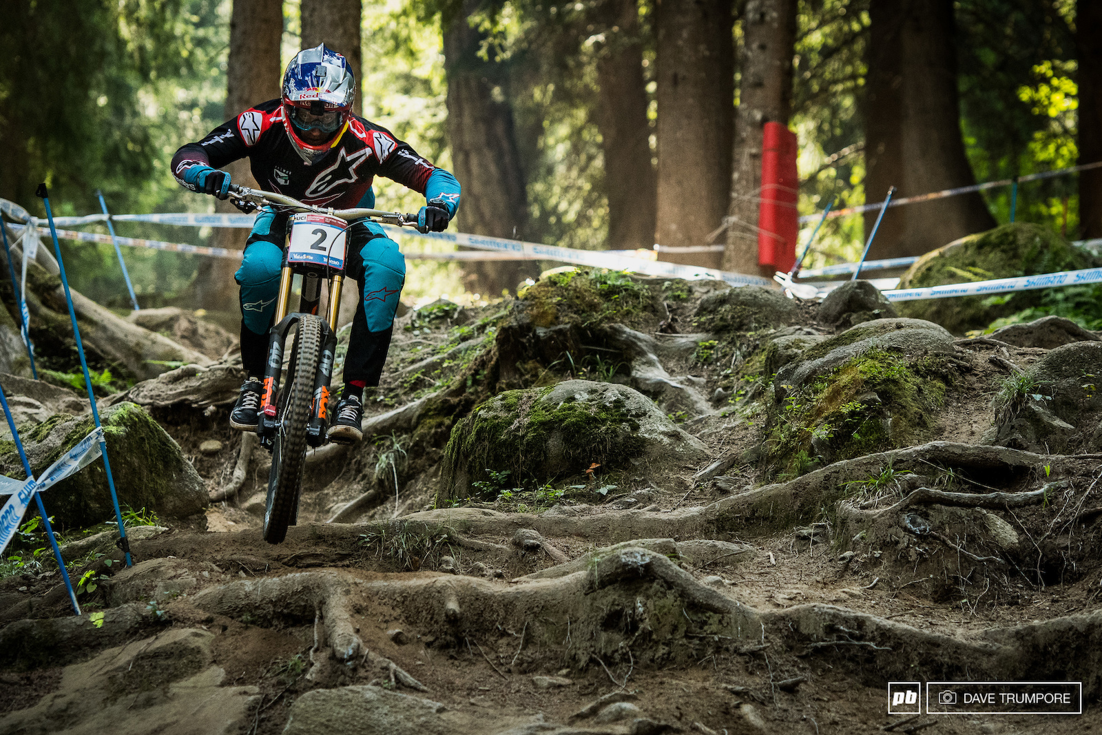 Gwin is on a mission this weekend and is doing everything he can to grab the overall out from under Greg Minnaar. A win today in qualifying by just 0.17 seconds gets him that much closer.
