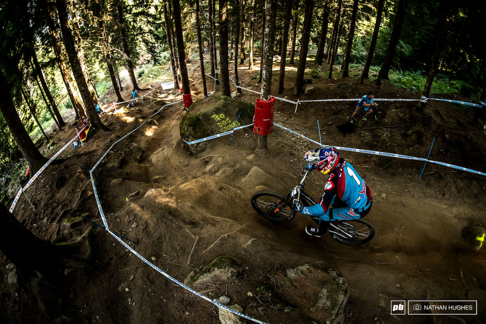 With 3 wins already in the bag here in VDS can Aaron Gwin lock it down once again and claim the 2017 series .
