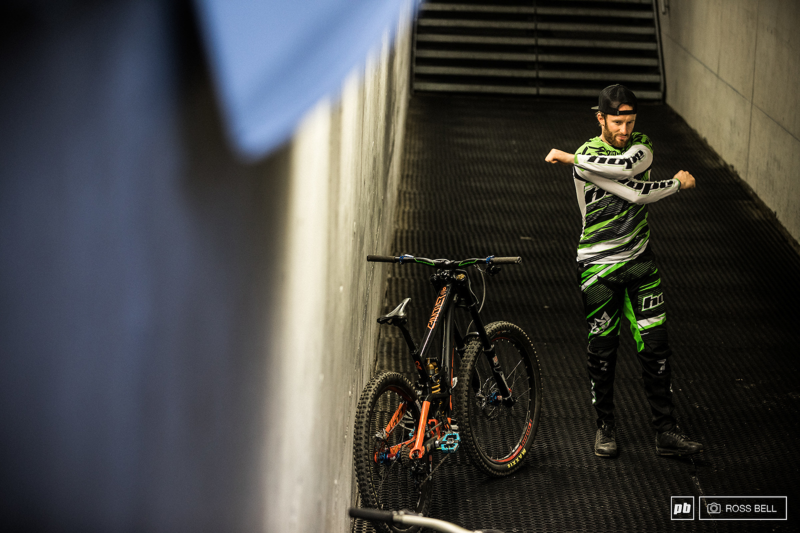 Adam Brayton limbering up for what would end up being a top 10 worthy run.
