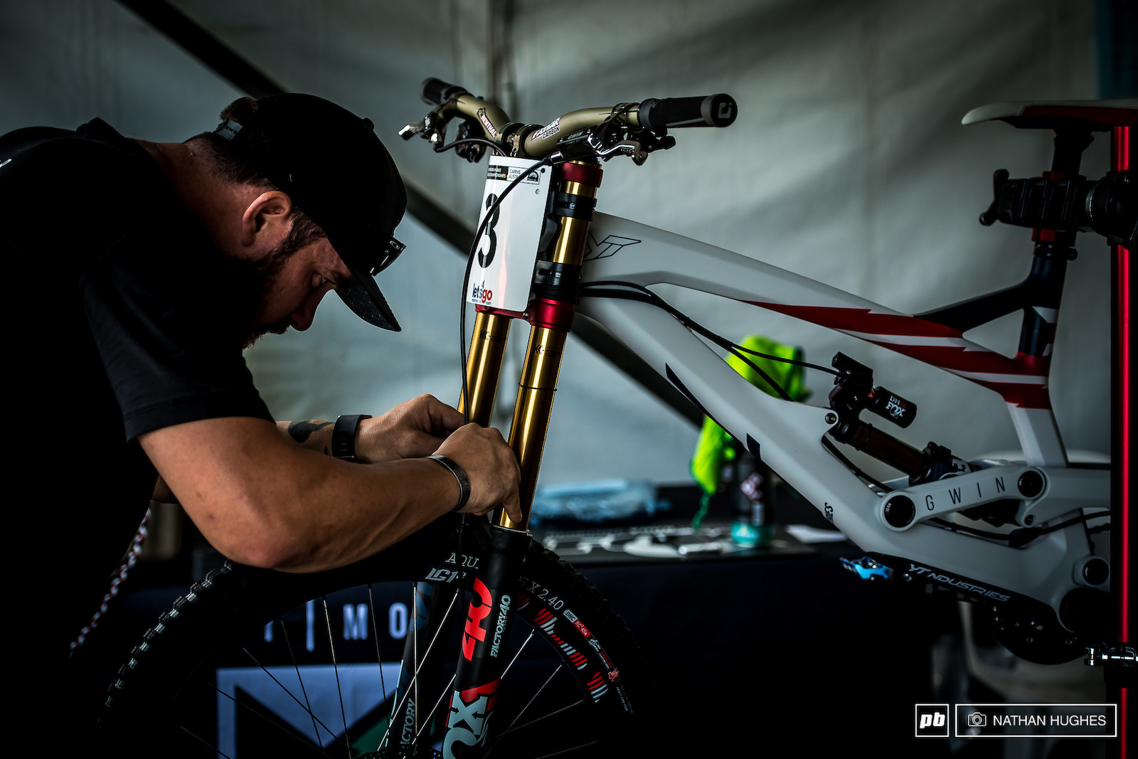 Aaron Gwin s virgin steed receives the finishing touches before first contact with the dirt.