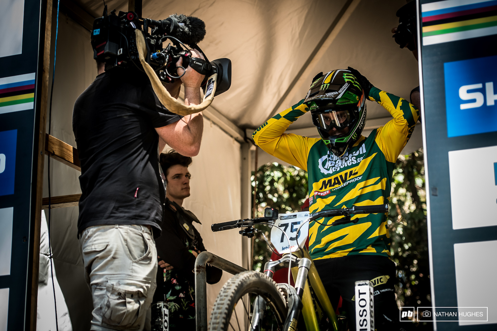 Hill preps to drop in on his last ever World Champs and indeed last ever downhill race.