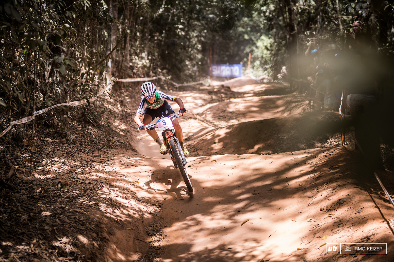 Dust and Bone - Elite Women Photo Epic - Cairns XC World Champs 2017