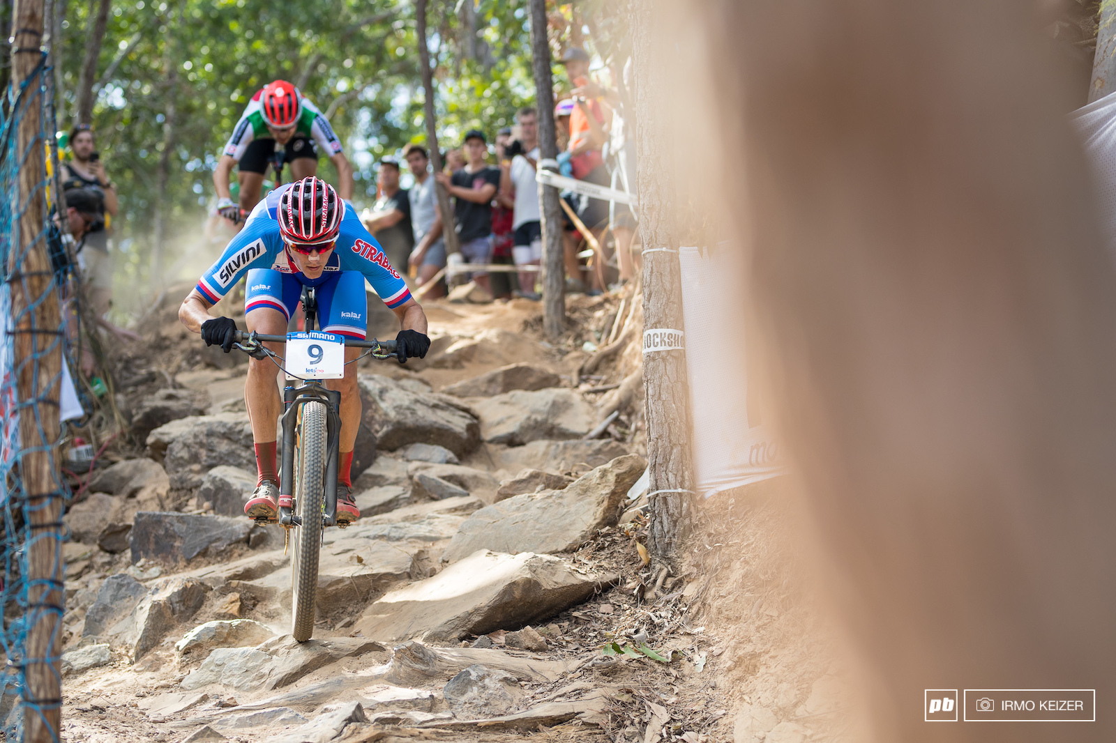Kulhavy was in top form and charged hard trying to loose Schurter. Schurter observed and made his move in the last lap overtaking Kulhavy before the downhill towards Jacobs Ladder. Gaining 10 seconds in the downhill Schurter rode to the win comfortably