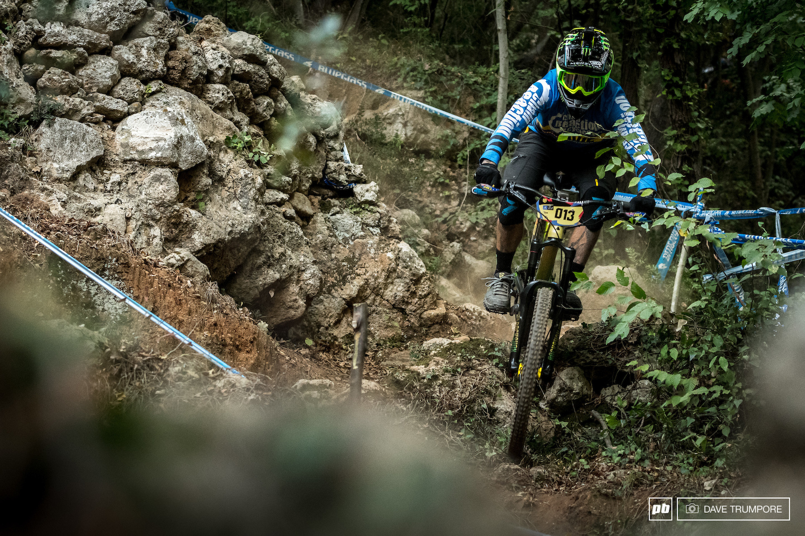 The legendary Sam Hill holds a strong but deferrable lead over Adrien Dailly for the overall. If Sam keeps hs cool and rides like he has all season he should have nothing to worry about but any kind of crash or mechanical and he will be in serious trouble.