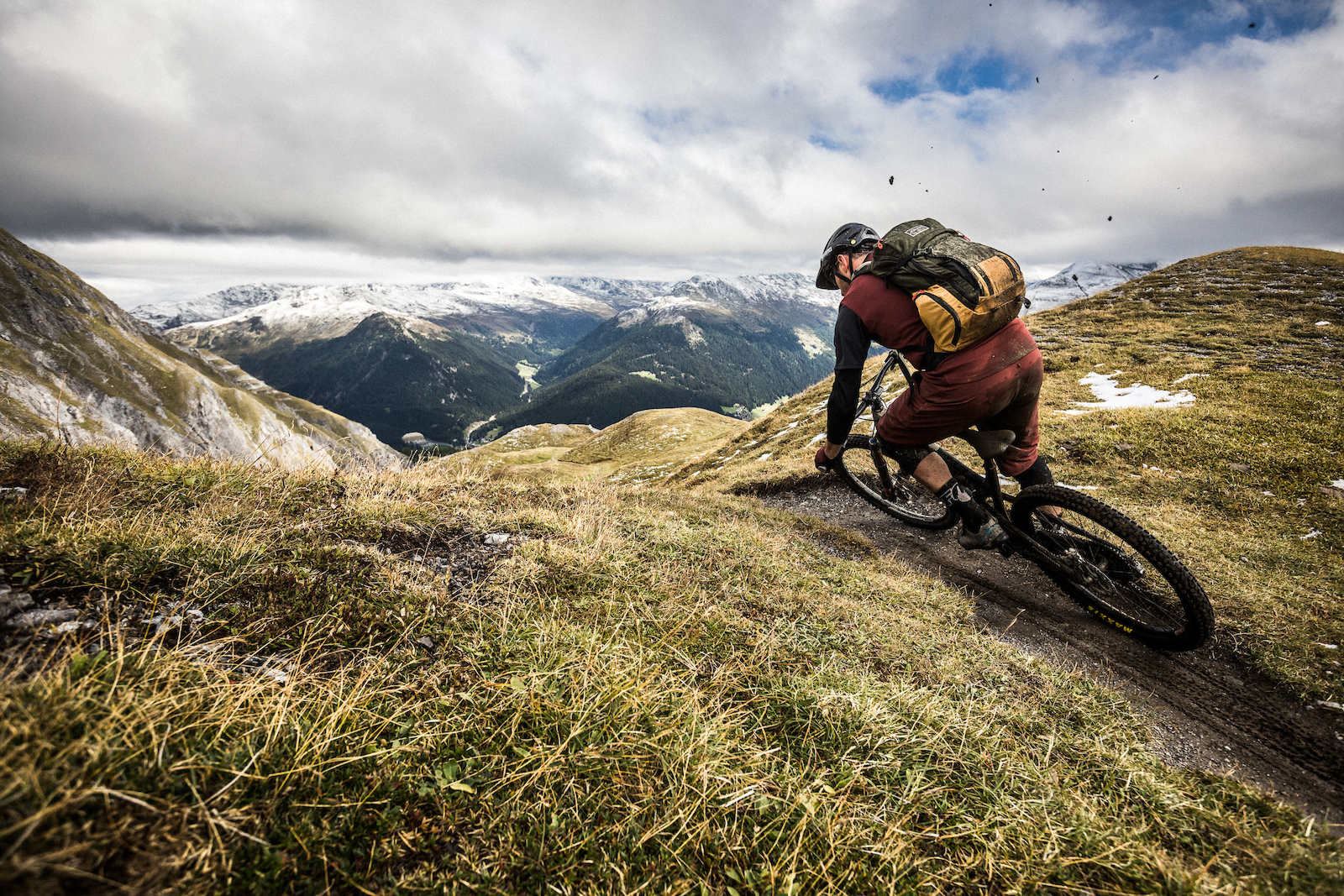 H I Adventures Mountainbike Tour Switzerland