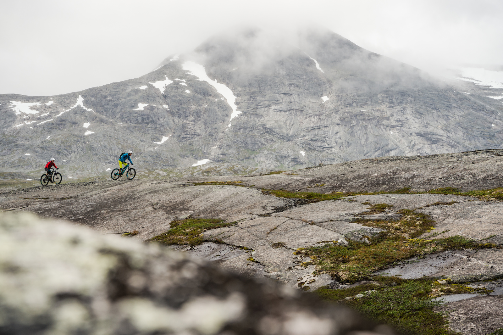 Mikael af Ekenstam and Joey Schulser riding at Reinnesfjellet Norway.