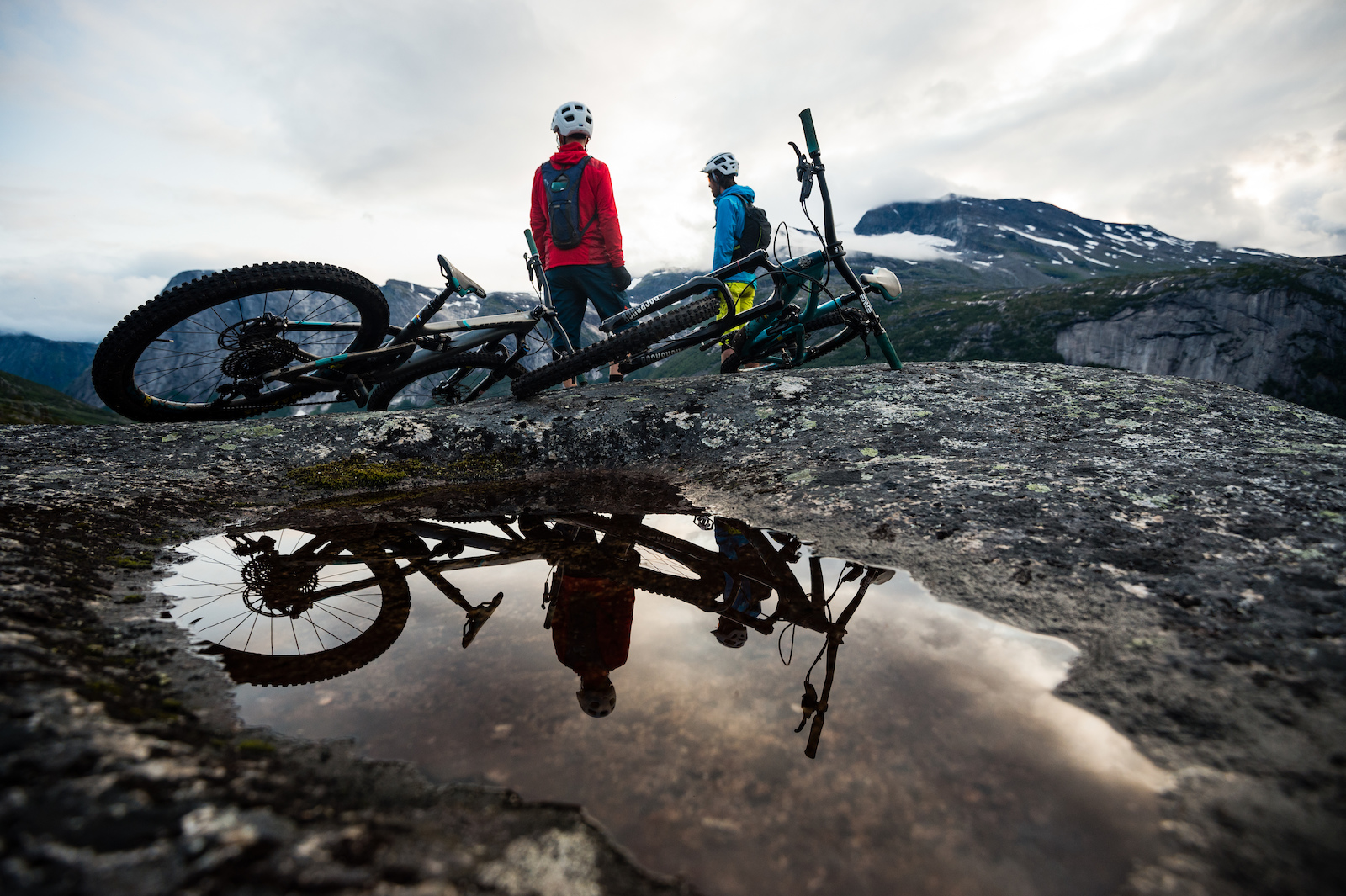 Mikael af Ekenstam and Joey Schulser hanging out at Reinnesfjellet Norway.