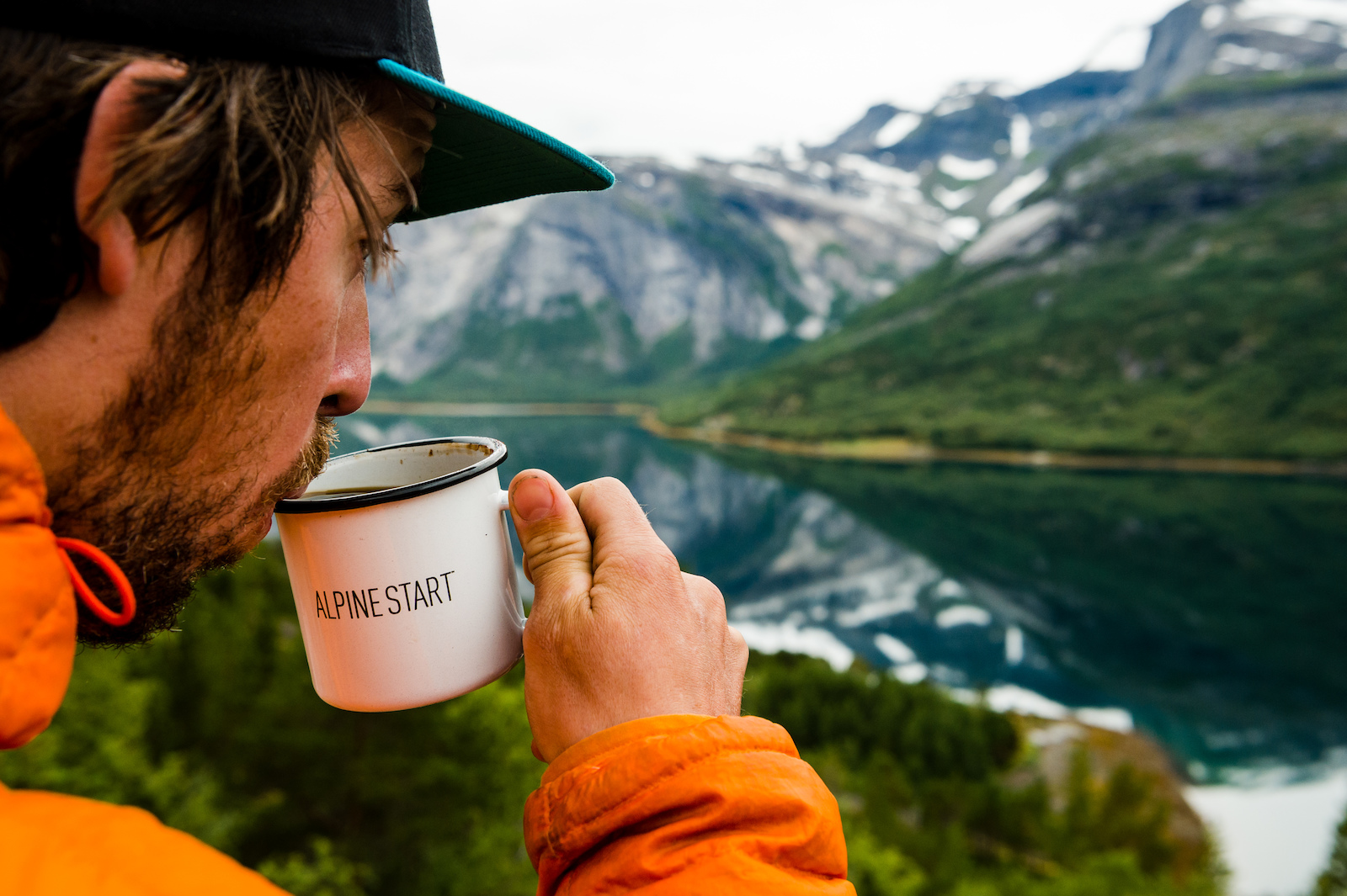 Joey Schulser drinking his morning coffee in Reinneset Norway.