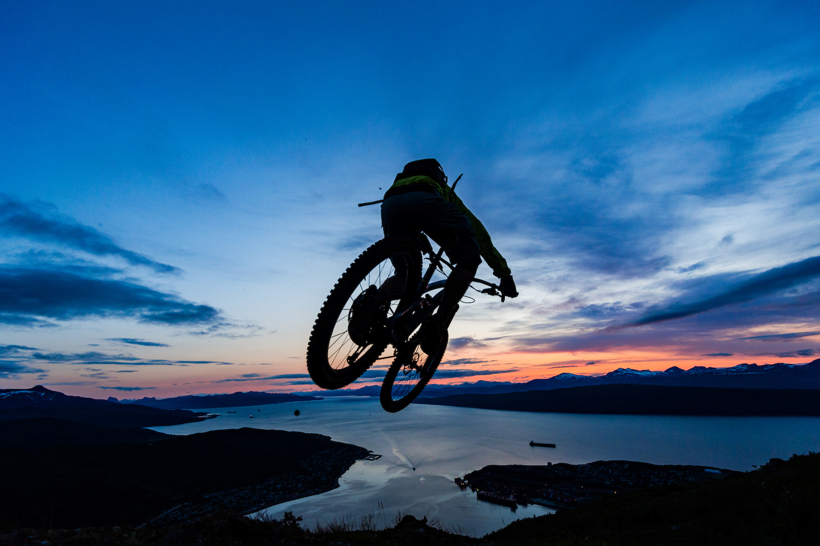 Joey Schulser riding in Narvik Norway.