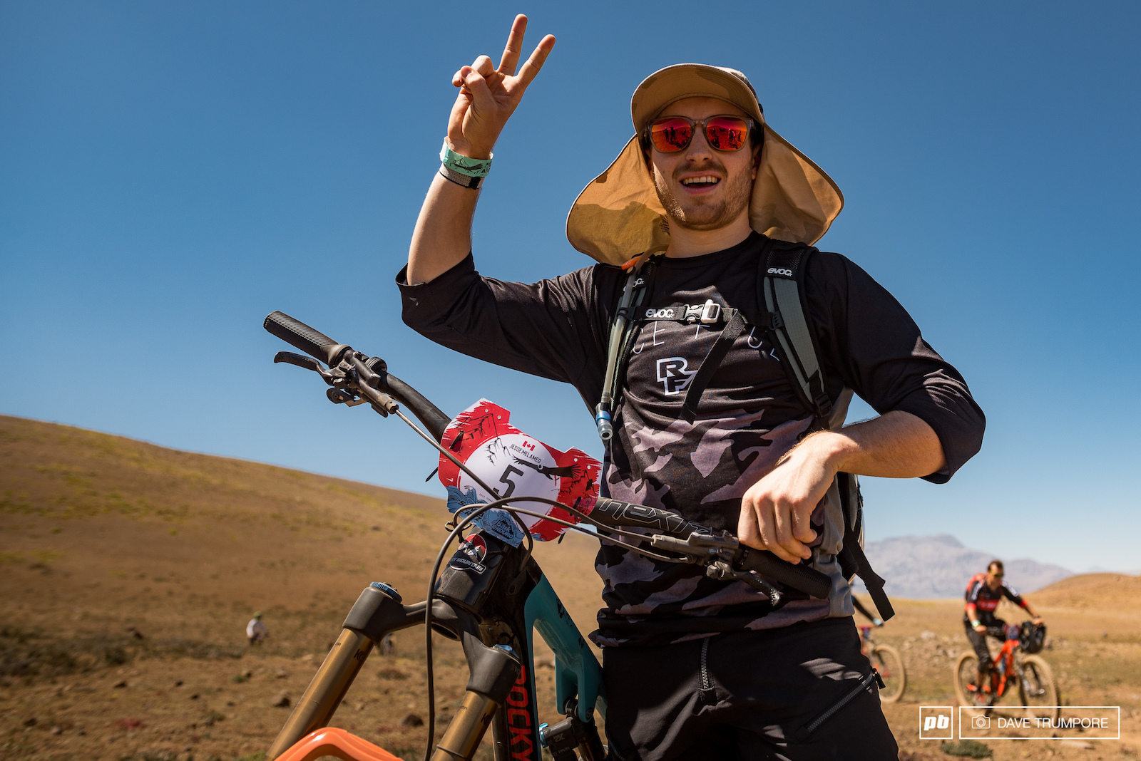 Jesse Melamed tried his hand at racing blind for the first time here at Andes Pacifico and ended day 1 in second place.