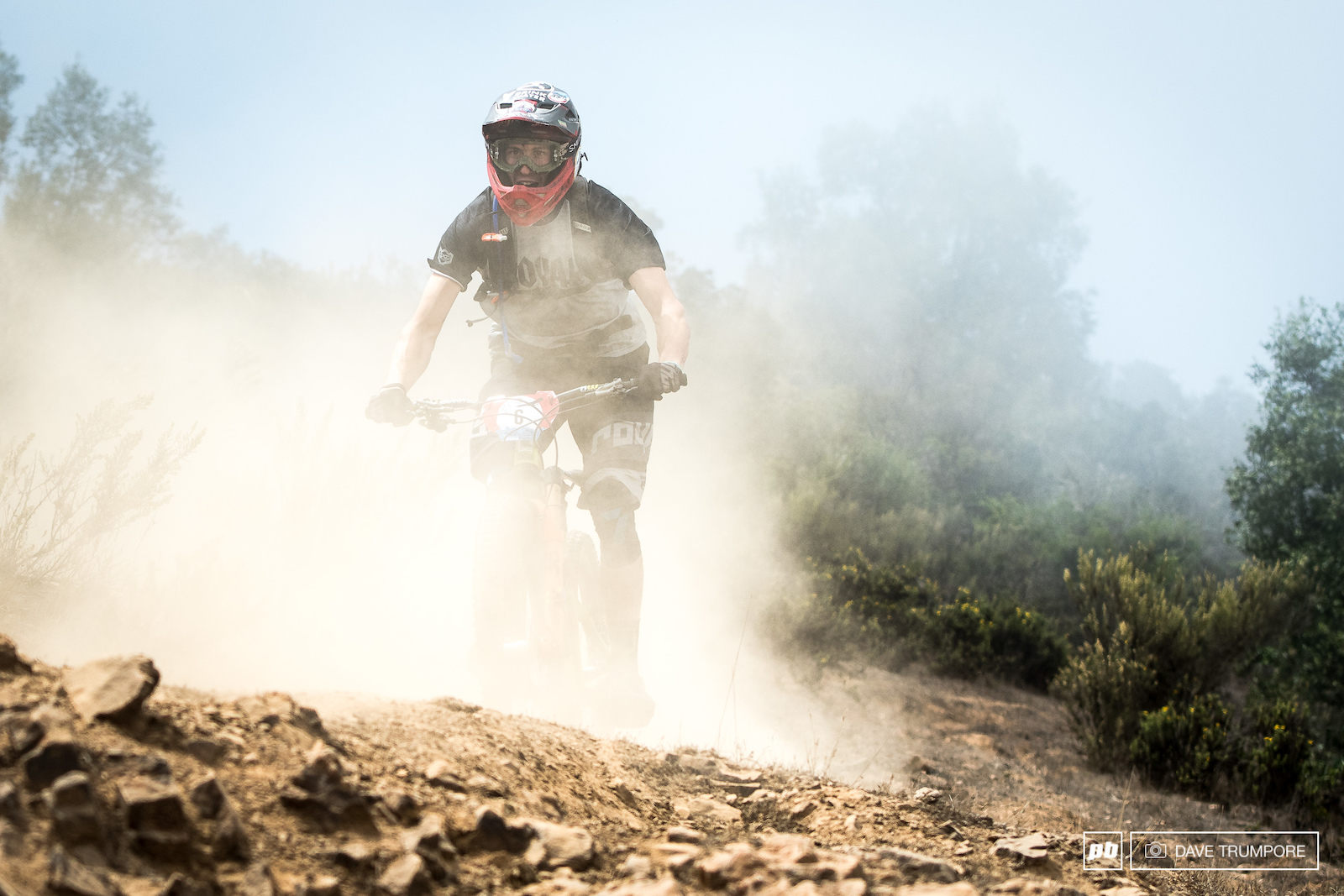 Ratboy trying to see though the dust on the final day of the Andes Pacifico Enduro.