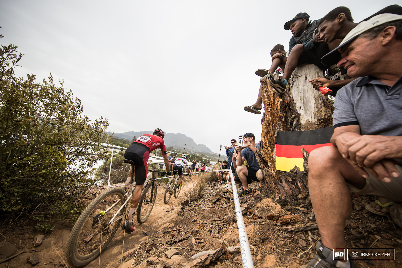 The battle of the day Gaze versus Schurter.