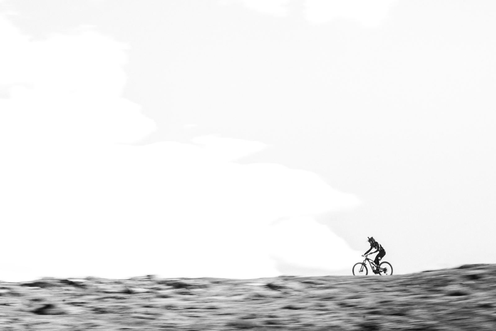 Adrien Dailly warping his way under big Chilean skies.