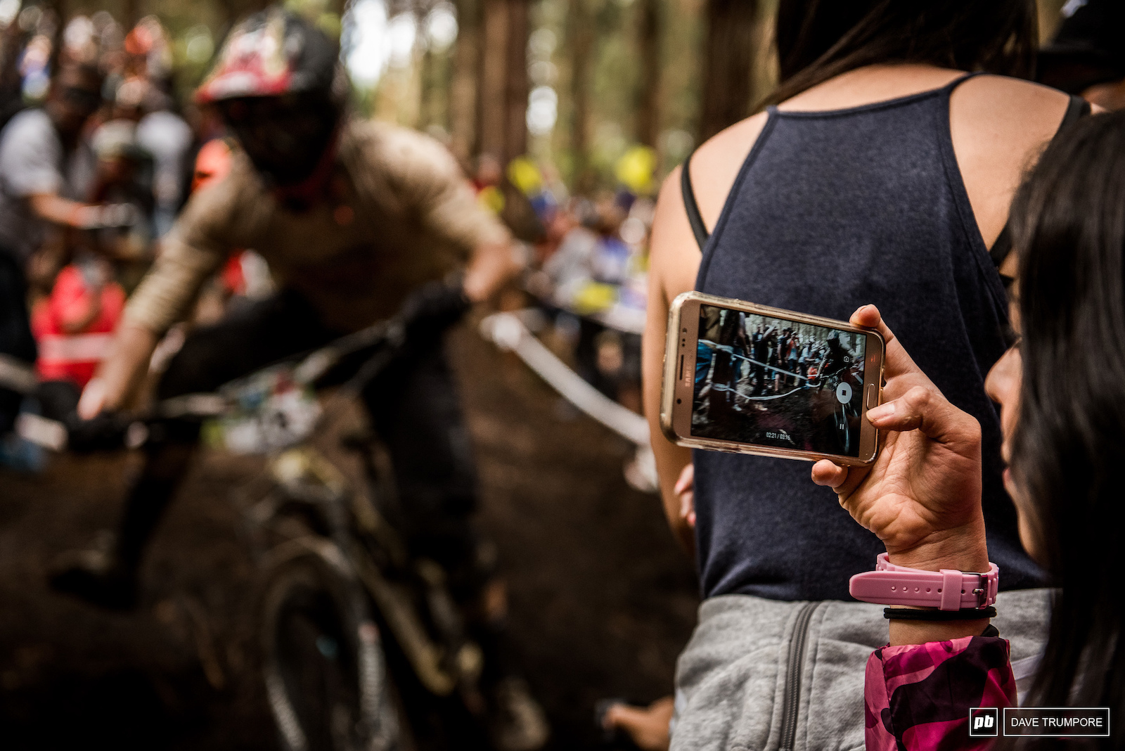 It s pretty safe to say that with the number of spectators here in Colombia every inch of every stage has been digitally captured in both photo and video form.
