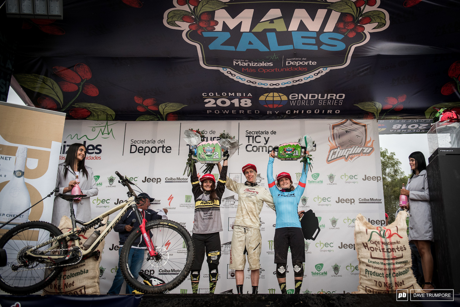 The women s podium was a mirror image of last weeks round with Cecile Ravanel once again taking a convincing win.