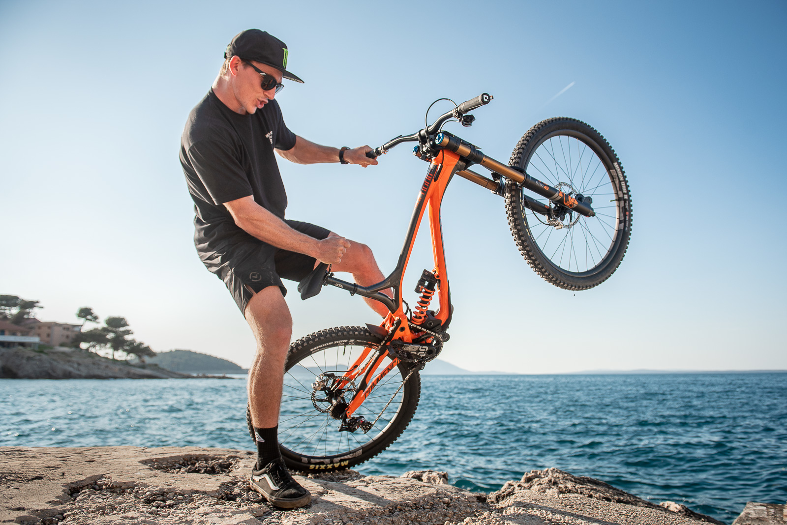 American Bruce Klein ready to rock out to some jagged rocks on his shiny new Commencal