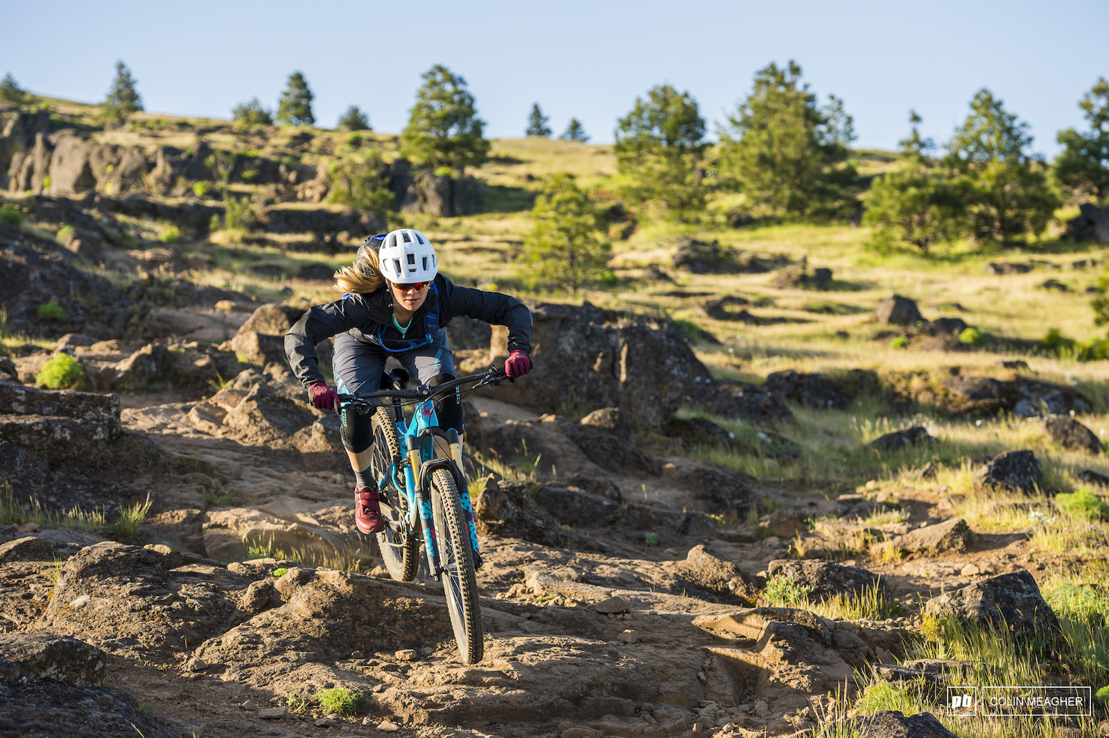 Nikki Rohan testing gear for the Spring 2018 Pinkbike Gear Review on Little  Moab above Bingen 8ba222f48