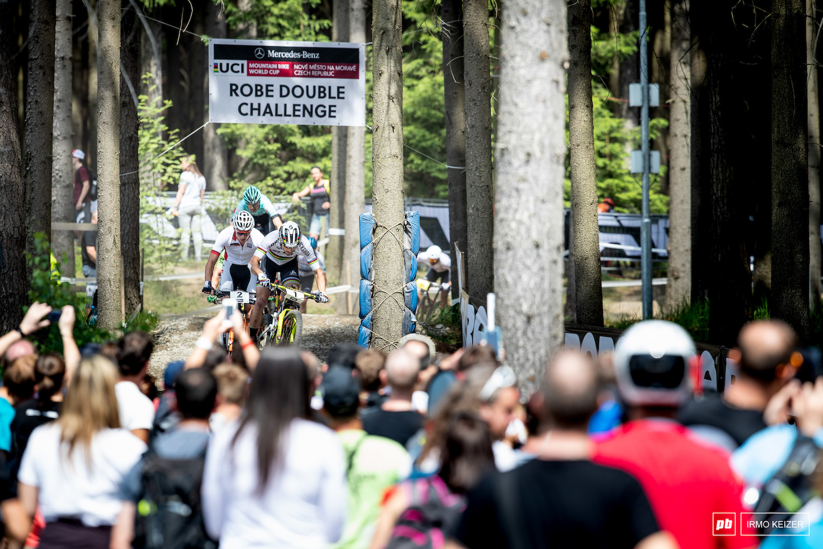 Schurter took the lead right away.
